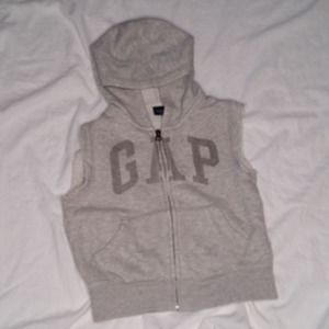 Baby Gap boys size 3 sleeveless hoodie